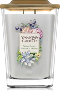 Yankee Candle Elevation Passionflower scented candle Large