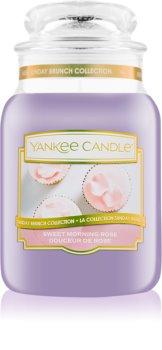 Yankee Candle Sweet Morning Rose vonná svíčka Classic velká