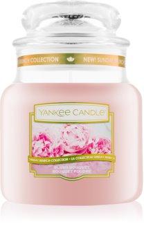 Yankee Candle Blush Bouquet illatos gyertya  Classic közepes méret