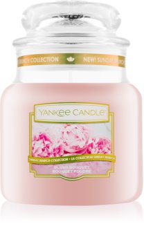 Yankee Candle Blush Bouquet vonná svíčka Classic střední