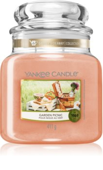 Yankee Candle Garden Picnic scented candle
