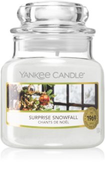Yankee Candle Surprise Snowfall scented candle