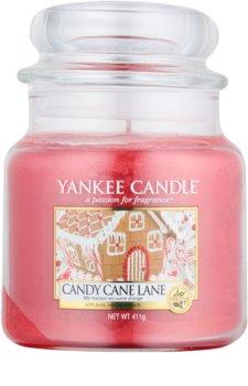 Yankee Candle Candy Cane Lane vela perfumada  411 g Classic mediana