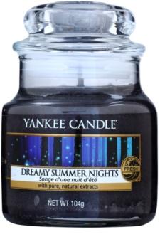 Yankee Candle Dreamy Summer Nights vela perfumada Classic pequeno