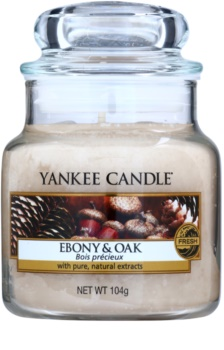 Yankee Candle Ebony & Oak vela perfumada Classic pequeno