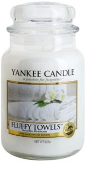Yankee Candle Fluffy Towels lumânare parfumată  Clasic mare
