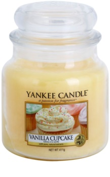 Yankee Candle Vanilla Cupcake scented candle Classic Medium