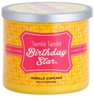 Yankee Candle Vanilla Cupcake vela perfumada  238 g  (Twinkle Twinkle Birthday Star)