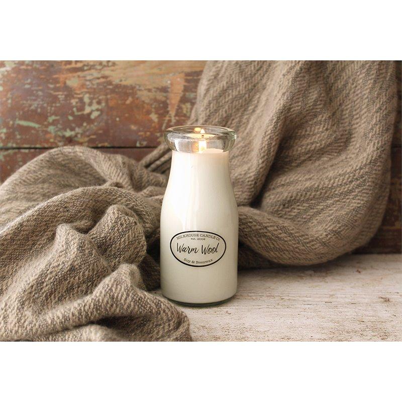 Milkhouse Candle Co. Creamery Warm Wool illatos gyertya Milkbottle 227 g