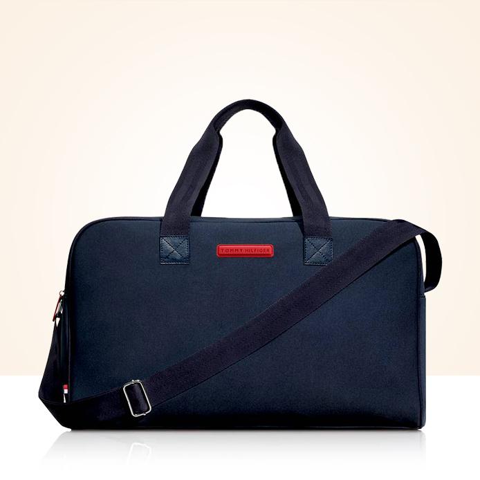 Sportovní taška Tommy Hilfiger ZDARMA