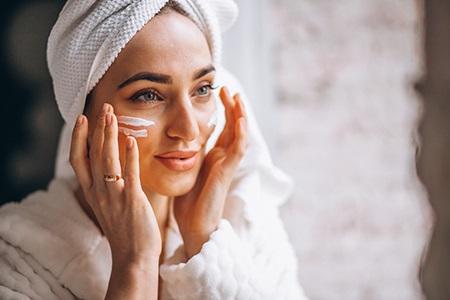 Модерното чудо за кожата – нощна маска за лице
