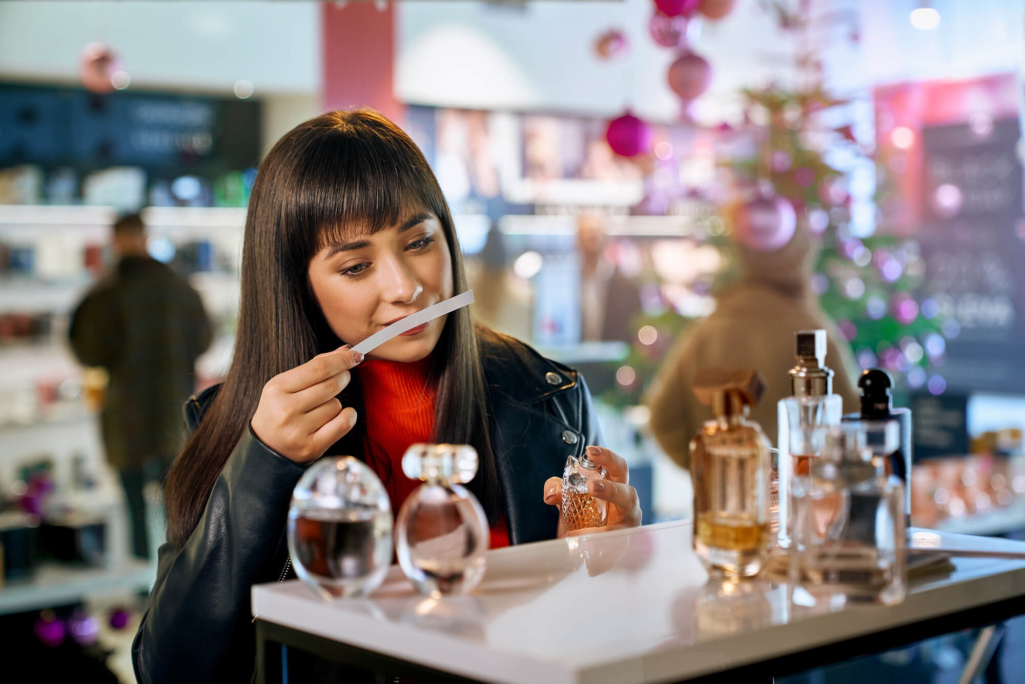 9 tipů, jak nanášet pánské a dámské parfémy s dlouhou výdrží
