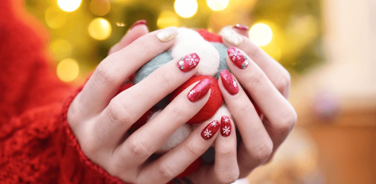 Karácsonyi manikűr