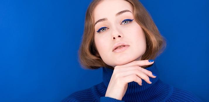 modrá farba, líčenie