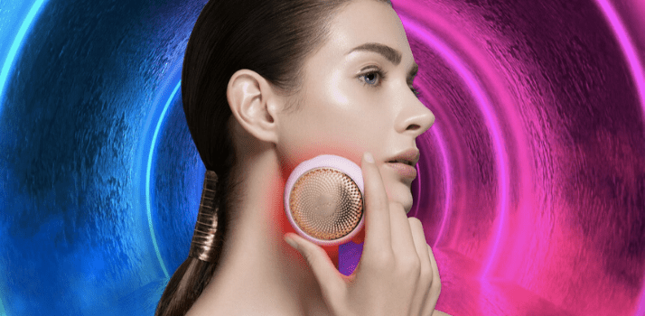a woman holding foreo