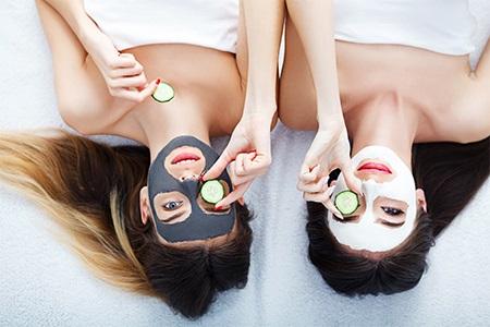 Najboljše maske za obraz: domača sprostitev za vašo kožo
