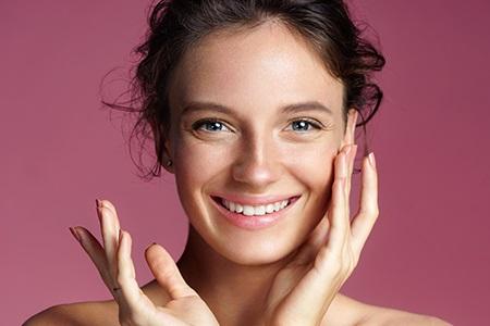 Sérums pour le visage : pourquoi les utiliser ?