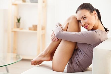 Enthaarungscremes: Für eine seidenglatte Haut