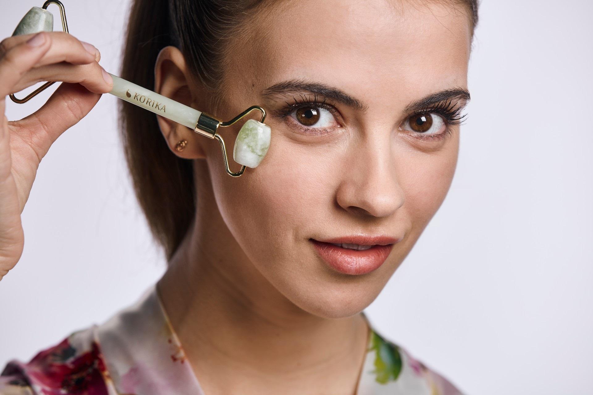 Gesichtsmassage ganz einfach! TOP Hilfsmittel für eine faltenfreie Haut