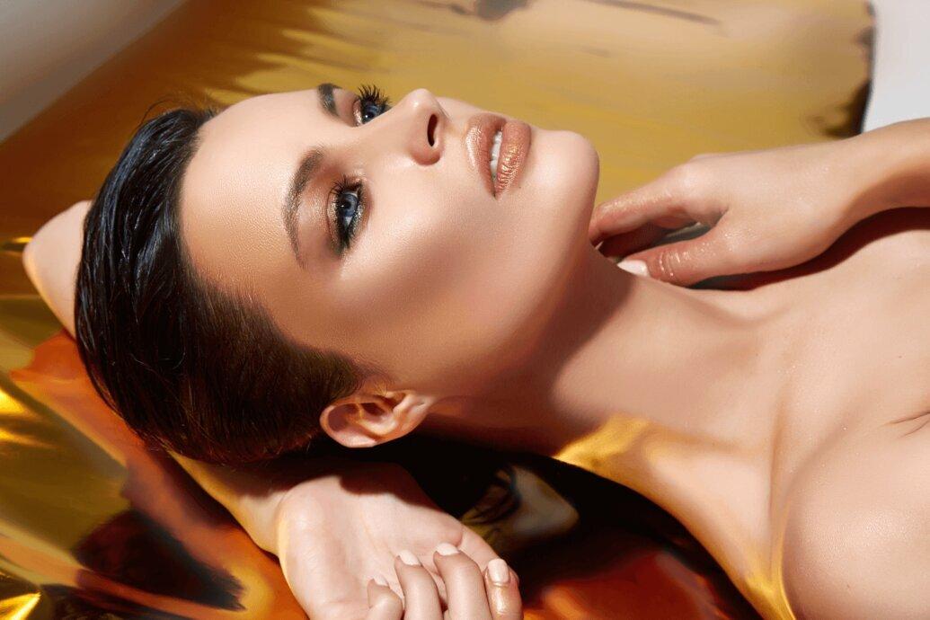 Wie wählt man den besten Primer für das Make-up, die Lidschatten oder den Lippenstift aus?