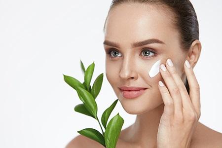 Die beste vegane Kosmetik für Ihre Schönheit