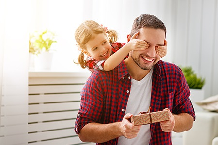 Fête des Pères : idées de cadeaux pour les papas qui « ne veulent rien »