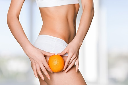 Come combattere la cellulite: consigli per avere una pelle liscia