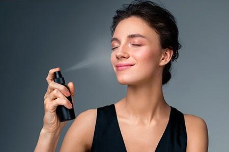 Commentaires : Les meilleurs sprays fixateurs de maquillage