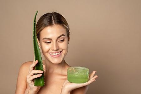 Aloe vera: un ingredient de TOP pentru tenul dvs. (și nu numai)