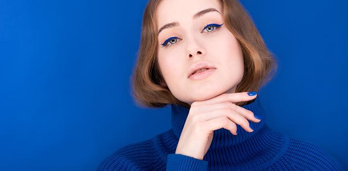 colore blu classico 2020
