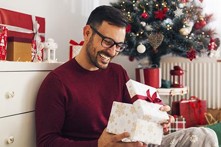Найкращі подарунки для чоловіків на Новий рік