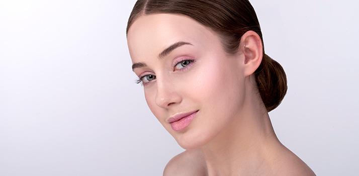 girl with natural makeup