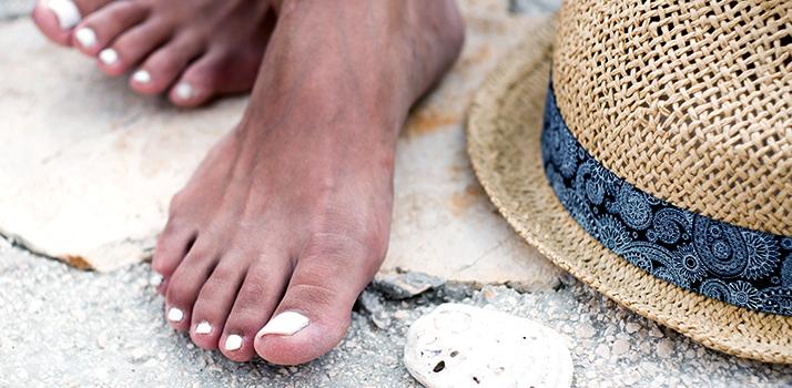 dlhotrvajúce laky na nechty v lete