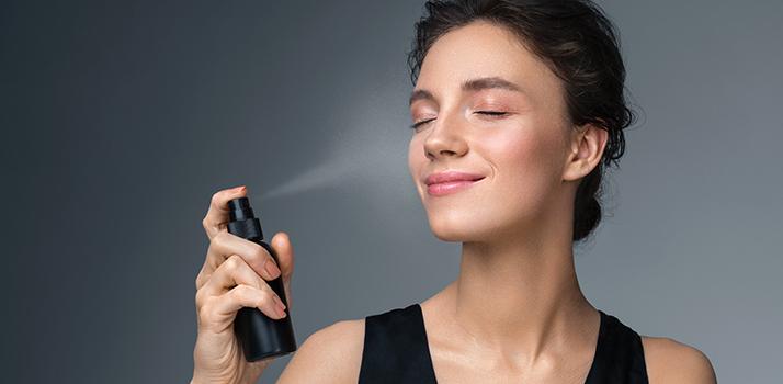 спрей для фіксації макіяжу