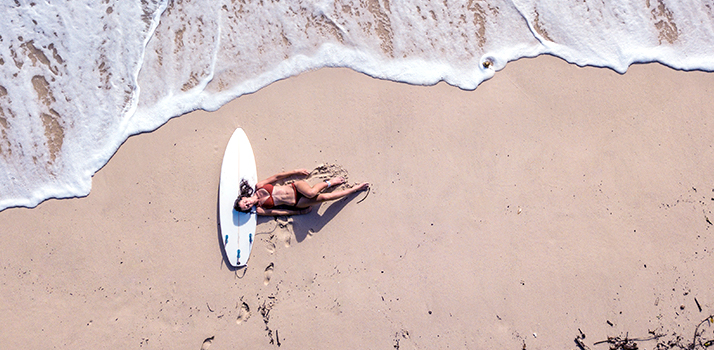 plážový look s TIGI Bed Head