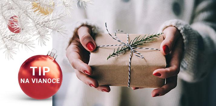 TIP NA VIANOCE: Parfém pod stromček? Môže byť!