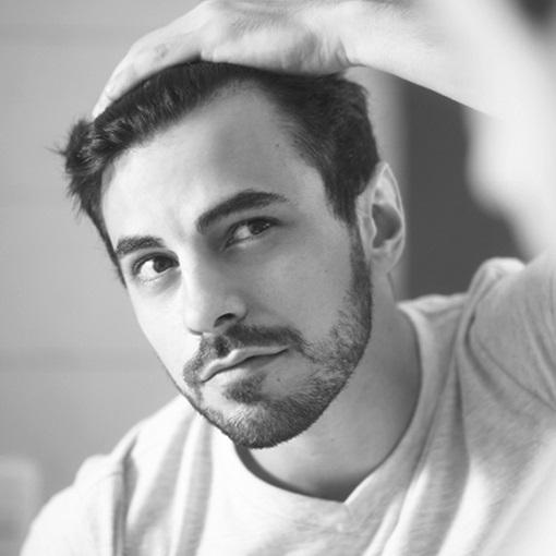 <center><strong id=M_hair_loss_prevention>Prevenção da queda de cabelo em homens</strong></center>