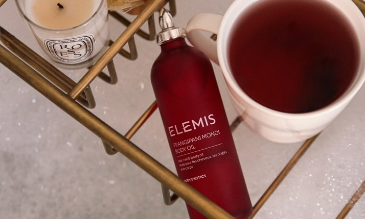 <strong><center>Against Stretch Marks and Cellulite</strong></center>