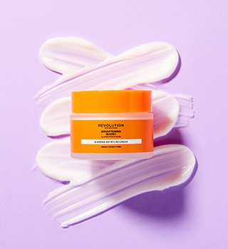 Revolution Skincare Pleťové spreje