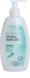 Avon Simply Delicate svieži gél pre intímnu hygienu