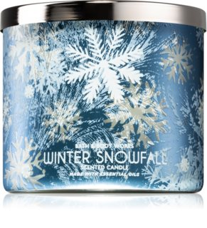 Bath & Body Works Winter Snowfall dišeča sveča
