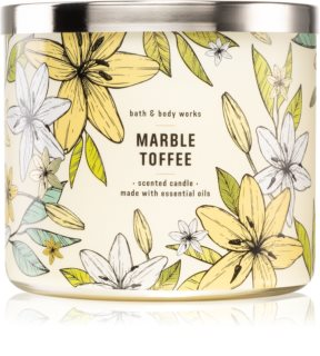Bath & Body Works MarbleToffee scented candle I.