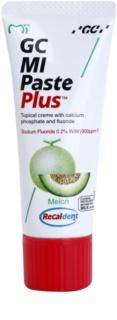 GC MI Paste Plus Melon Crema protectoare de remineralizare pentru dinți sensibili cu flor