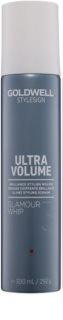 Goldwell StyleSign Ultra Volume fissante in mousse per volume e brillantezza