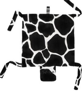 KLRK Home Wild B&W Giraffe mazlicí dečka Gustav 80x46 cm