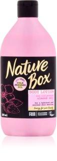 Nature Box Almond hydratačné telové mlieko pre citlivú pokožku