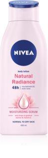 Nivea Natural Radiance тоалетно мляко за тяло с ефект на лек загар