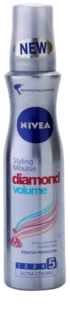 Nivea Diamond Volume Styling Mousse  voor Volume en Glans