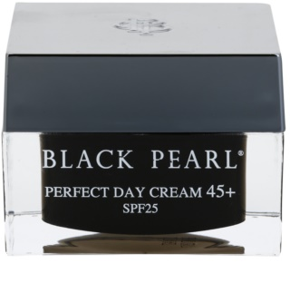 Sea of Spa Black Pearl crema giorno idratante 45+