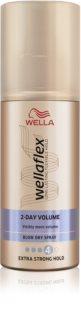 Wella Wellaflex 2nd Day Volume spray pour protéger les cheveux contre la chaleur